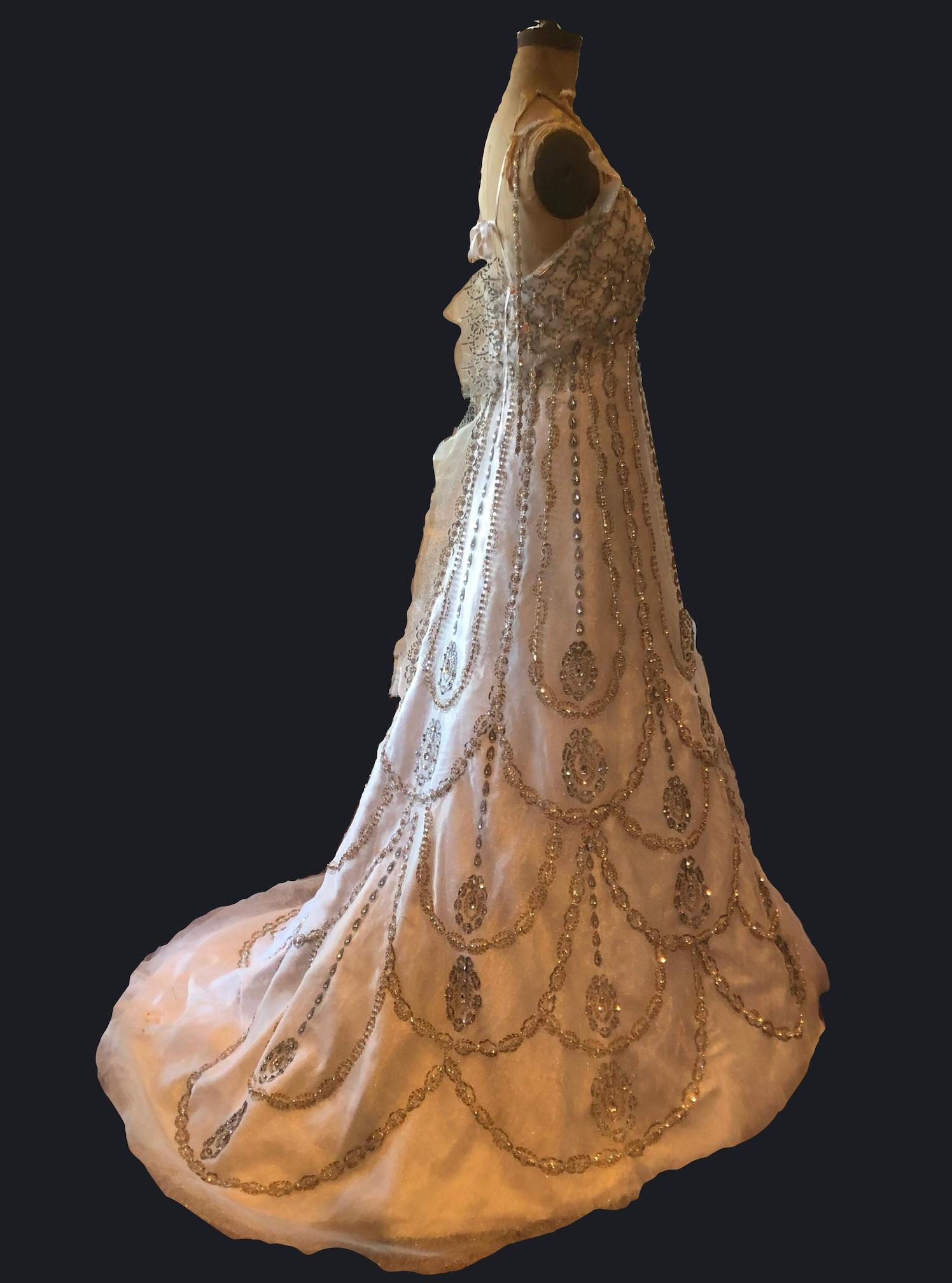 embossed Queen's gown side view